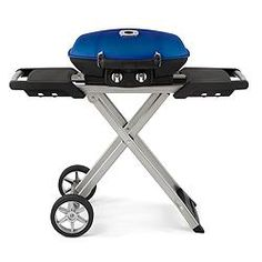 Cart Grill features 285 sq.in total cooking surface | Canadian Tire $419