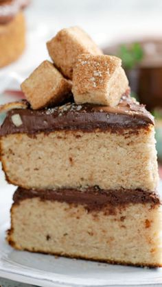 Imagine chocolate and hazelnut Nutella layered all over cinnamon sugar-coated cakes and you've got the idea.
