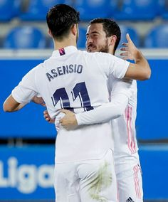 Equipe Real Madrid, Eden Hazard, Soccer Players, Cristiano Ronaldo, Hugs, Awesome, Fitness, Football Players, Big Hugs