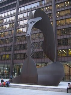 Chicago's very own Picasso - I sat right there and ate my lunch SO many days during my 12 years of working downtown. :)