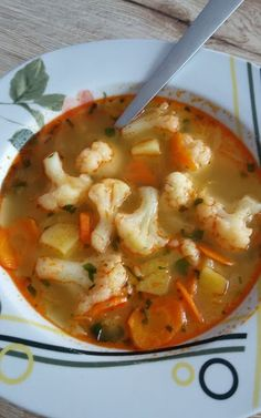 Helenkine dobroty - Karfiolová polievka Thai Red Curry, Food And Drink, Ethnic Recipes, Soups, Soup, Soup Appetizers
