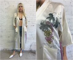 vintage cream silk chinese robe / hand painted ivory silk kimono robe by dustyrosevintage on Etsy