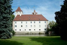 Kirchen, Buildings, Mansions, House Styles, Home, Decor, Mansion Houses, Decorating, House