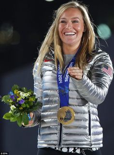 This is Gold Medalist 'Jamie Anderson' of the US during the ceremony for the Woman's Snowboard Slopestyle event at the Sochi 2014 Winter Olympic Games. Well done Jamie! Jamie Anderson, Riders On The Storm, Snowboarding Women, Olympic Athletes, Winter Games, Sport Body, Female Athletes, Women Athletes, Sports Stars