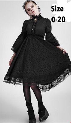 Perfect for moonlit strolls in your secret garden shop: Gothic Lolita Dress Black Dress Long Dress Ruffled Lace Alternative Fashion Plus Size Victorian Romantic Goth Steampunk Hipster Grunge, Grunge Style, Soft Grunge, Gothic Lolita Dress, Goth Dress, Gothic Lolita Fashion, Victorian Fashion, Victorian Men, Victorian Corset