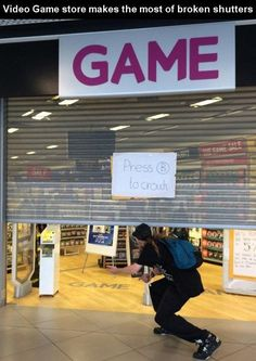 Geek Discover Video Game Store Makes the Most of Their Broken Shutters - Video Game Memes Video Game Logic Video Games Funny Funny Games Gamer Humor Gaming Memes Gamer Quotes Nerd Jokes Geek Stuff Album Design Video Game Logic, Video Games Funny, Funny Games, Gamer Humor, Gaming Memes, Gamer Quotes, Nerd Jokes, Really Funny, Funny Pictures