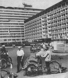 Hotel Indonesia, Jakarta, 1965