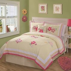 Bedroom : Pretty Bedroom For Teenage Together With Colorful Floral Pattern Blanket And Also Floral Pattern Pillows Feature Cream Wood Headboard As Well As Floral Ornament Plus Picture Frame - Beautiful Teens Bedroom Decoration