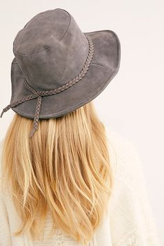 5b028f75 24 Best Spring / Summer hats by Cappellino Millinery images
