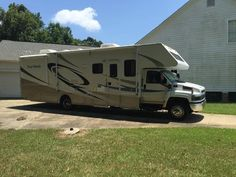 2007 Four Winds 35B for sale by owner on RV Registry http://www.rvregistry.com/used-rv/1013784.htm