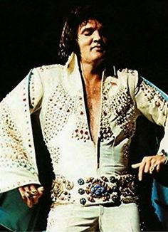 Elvis Presley || November 11, 1972 (8:30 pm). Oakland Coliseum, Oakland, CA. Tickets: 14,000 Costume: Thunderbird Suit/ Phoenix Suit/ White Stone Eagle Suit