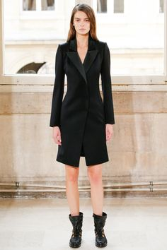 http://www.vogue.com/fashion-shows/spring-2016-couture/bouchra-jarrar/slideshow/collection