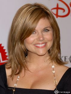 tiffany amber thiessen hairstyles | Tiffani-Amber Thiessen | Haircuts, Hair Styles & Pictures of Celebrity ...