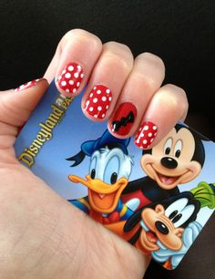 Minnie Mouse nails at Disneyland.may have to do this for the trip! Fancy Nails, Pretty Nails, Disney Magic, Walt Disney, Minnie Mouse Nails, Nail Drawing, Disney Nails, Disney Ideas, Canvases