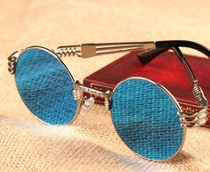 139 melhores imagens de Óculos no Pinterest   Glasses, Eye Glasses e ... 2a89ffaab1