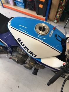 Suzuki Superbike, Suzuki Bikes, Custom Street Bikes, Café Racers, Racing Motorcycles, Bike Stuff, Katana, Retro, Bobber