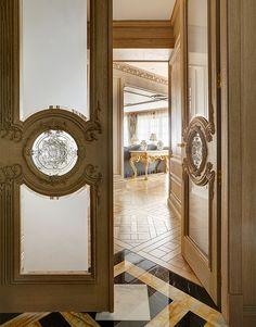 33 Trendy Ideas For Wooden Door Design Modern Window Wooden Front Door Design, Wooden Doors, Bedroom Door Decorations, Dorm Room Doors, Pooja Room Door Design, Hotel Door, Classic Doors, Arched Doors, Modern Door