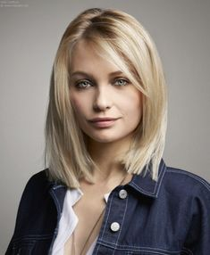 Simple Semi Short Hair pertaining to size 1200 X 900 Womens Semi Short Hairstyles - Short hairstyles are the latest style trend, and hair cut is Among the Sleek Hairstyles, Hairstyles For Round Faces, Short Hairstyles For Women, Straight Hairstyles, Blonde Hairstyles, Summer Hairstyles, Semi Short Hair, Short Hair Cuts, Vog Coiffure