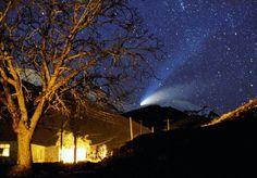 いいね!79.2千件、コメント204件 ― National Geographic Travelさん(@natgeotravel)のInstagramアカウント: 「photo by @babaktafreshi, The World at Night photography 20 Years ago on these nights of April 1997…」
