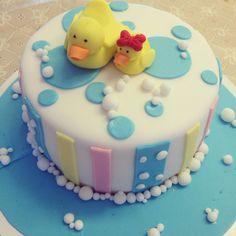 Bolo Patinhos / duck cake www.deliciasdajaciara.com