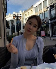 Yoo In Na, Kdrama, Ruffle Blouse, Tops, Women, Fashion, Moda, Women's, La Mode