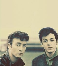 John Lennon y Paul McCartney adolescentes ...