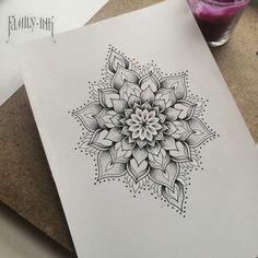 22 Ideas For Tattoo Butterfly Mandala Tatoo Half Mandala Tattoo, Dotwork Tattoo Mandala, Mandala Tattoo Design, Tattoo Designs, Tattoo Ideas, Mandala Sketch, Mehndi Designs, Mandala Tattoos For Women, Mandala Sleeve