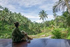 One of our guests, Melanie, during her blissful 7 day Panchakarma. Relaxing while having a cup of tea overlooking the beautiful view of the ricefields after her treatment. #bali #baliretreats #beautiful #ayurveda #ayurvedic #ayurvedicretreat #oneworldayurveda #panchakarma #healthretreat #beautifuldestinations #amazingview #prettypicture #ricefields #beautiful #nature #lush #green #wellness #blissfulness #tranquillity