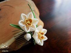 可憐な水仙✿凛と咲き誇る花。 白系 ミニコーム 2x