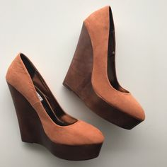 Louise Roe Collection orange suede platform wedges. UK 6 / EU 39. Brand new. Only worn inside to try on. Love these, but didn't get a chance to wear before I had kids and now they just sit sad and lonely in my closet. #shoes #wedges #orange #louiseroe #platform