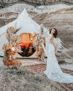 Simply have to share this iPhone shot of our insanely awesome desert shoot with @wild_rose_weddingworkshops (edited with @thewilddecoelis preset!) . This team is incredible: Secret desert wedding workshop Vendor team: Host @wild_rose_weddingworkshops Styling design @heather_johnston_creative Lead photographer @capturedinamberphotography Florals @creativeedgeflowersyyc Lighting gilded mirrors Production assistance @coven.creative HMUA @hairandmakeupbyrobin_ @avebeauty Gown… Coven, Vintage Furniture, Mirrors, Florals, Deserts, Trunks, Workshop, The Incredibles, Gowns