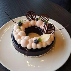 Blueberry, Orelys, Brownie #silikomartprofessional #sodersgourmet #pastry #pastrychef #patisserie #dessertmasters #dessert #valrhona #valrhonascandinavia