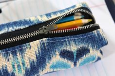 DIY pencil case pattern. Great gifts if you personalise it!