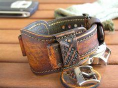 24mm watch bund band Brown leather bund strap Watch band vintage Handmade man #Handmade #Military Leather Fashion, Leather Men, Brown Leather, Panerai Watch Straps, Army Gifts, Panerai Watches, Amazing Watches, Vintage Stil, Vintage Watches