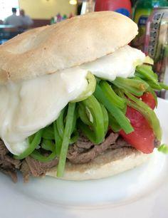Chilean Recipes, Chilean Food, Panini Sandwiches, Latin Food, Brisket, Coleslaw, Hamburger, Delish, Food Porn