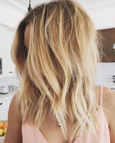 It's the stuff your #HairInspo dreams are made of. Check out Lauren Conrad's textured lob here.