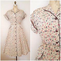 Vintage 1940s Dress / Abstract Cats / Novelty Print Dress / Medium