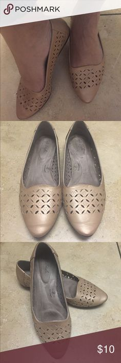 Soft style by hush puppies flats Beautiful golden flats, comfortable, only worn twice Shoes Flats & Loafers