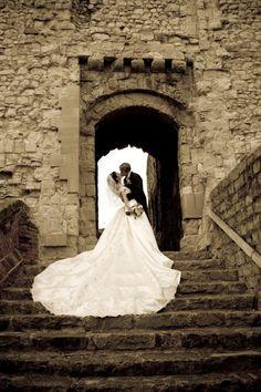 Weding photographer Farnham Castle