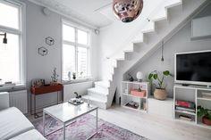 Lundin Fastighetsbyrå - 2:a Vasastaden - Unik etagelägenhet med wow-faktor 2 In, Stairs, Inspiration, Home Decor, Biblical Inspiration, Stairway, Decoration Home, Room Decor, Staircases
