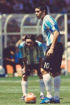 Roman Riquelme  Lionel Messi