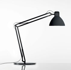 Looksoflat Desk Lamp by Ingo Maurer — ECC Lighting & Furniture