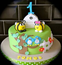 The Hive, Buzzbee Birthday Cake; like the side, combine with other cake?