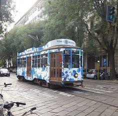 Da via Procaccini il nostro Tram Milano parte per una nuova..avventura #milanodavedere Foto di : @manuela.f Milano da Vedere