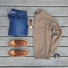 outfit grid pulls for men inspiration grid style outfits mens outfits men's fashion Mode Masculine, Look Fashion, Fashion Outfits, Fashion Trends, Cool Outfits, Casual Outfits, Mens Fashion Sweaters, Moda Casual, Outfit Grid