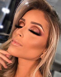 ZOREYA Makeup Brushes 10 Brushes Gold Professional Makeup Brush Set with Brush Holder Case Contains Contour Powder Foundation Angled Face Lip Brush - Cute Makeup Guide Eye Makeup Tips, Makeup Inspo, Eyeshadow Makeup, Beauty Makeup, Makeup Products, Blue Eyeshadow, Beauty Tips, Glam Makeup, Makeup Glowy