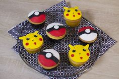Attrapez-les tous! - Cupcakes Pokémon (Pikachu & Poké balls)