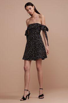 dd69ed166c70 17 Best CAPSULE images | Australian fashion, Fashion online ...