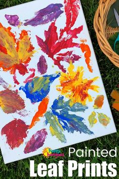 Preschoolers can learn to identify leaves with this leaf printing activity, but kids of all ages will love the creative process. It's a fun fall art project for all ages, and produces a piece so pretty you'll want to hang it in your home. #HappyHooligans #KidsArt #KidsCrafts #FallArt #FallLeaves #LeafActivity #FallActivity #DaycareCrafts #FallCraftsForKids #PrintMaking #ArtForKids #CraftsForKids #AutumnArt #AutumnActivities