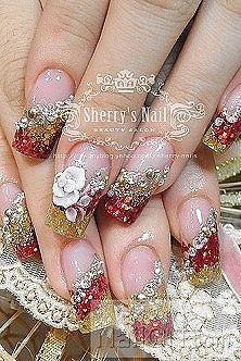 WOW, this is amazing! So beautiful. Don't know if I could hit my top typing speed with nails like this, but they are stunning!!